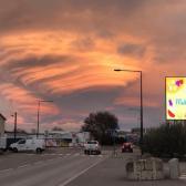 Gran nube lenticular se origina sobre una ciudad francesa