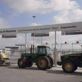 Aceptan no cerrar puente Reynosa-Pharr a cambio de reunión con SEGOB