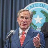 Gobernador de Texas, anuncia reapertura del 100% de los negocios y fin del uso obligatorio del cubrebocas