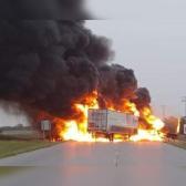 Fuerte accidente en carretera de Nuevo Laredo deja al menos un muerto