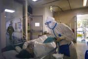 Van 2 mil 4 muertos en China por Covid-19