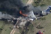 Se estrella avión con 21 personas en aeropuerto de Houston, TX