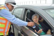 Empleados del Anzaldúas al servicio ante tiempos de espera elevados