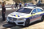 Tres individuos enfrentan cargos por redada de drogas y golpear a oficial