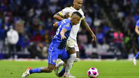 Cruz Azul y Tigres reparten puntos en el estadio Azteca