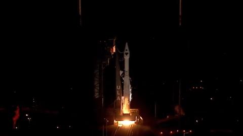 NASA envía satisfactoriamente misión Lucy al espacio