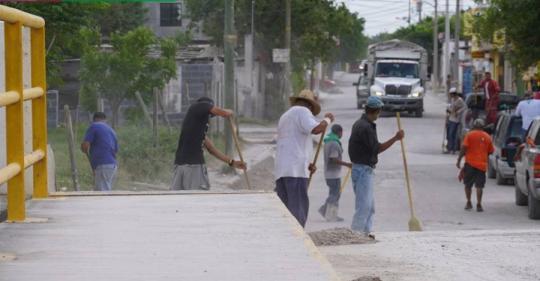 Foto complementaria de Realizan trabajos de limpieza del programa