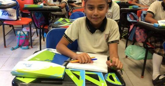 Foto complementaria de Entregan apoyo a escuelas dañadas por lluvias