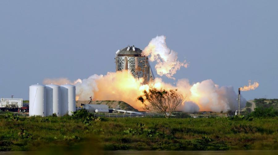 Prototipo Starship de Space X en Boca Chica explota durante las pruebas