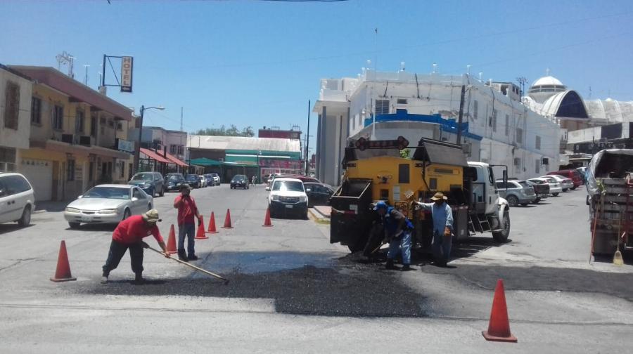 Incrementan en Reynosa labores de bacheo, limpieza y mantenimiento