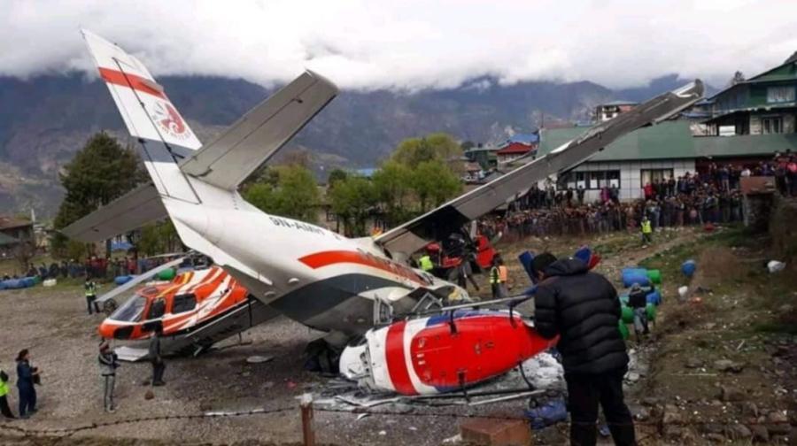 Choca avión contra dos helicópteros en el Everest