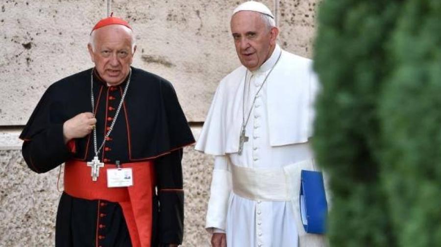 Papa Francisco acepta renuncia de arzobispo de Santiago de Chile