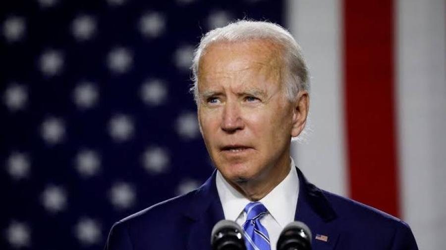 Revoca Biden decreto de Trump para que los inmigrantes tengan seguro médico