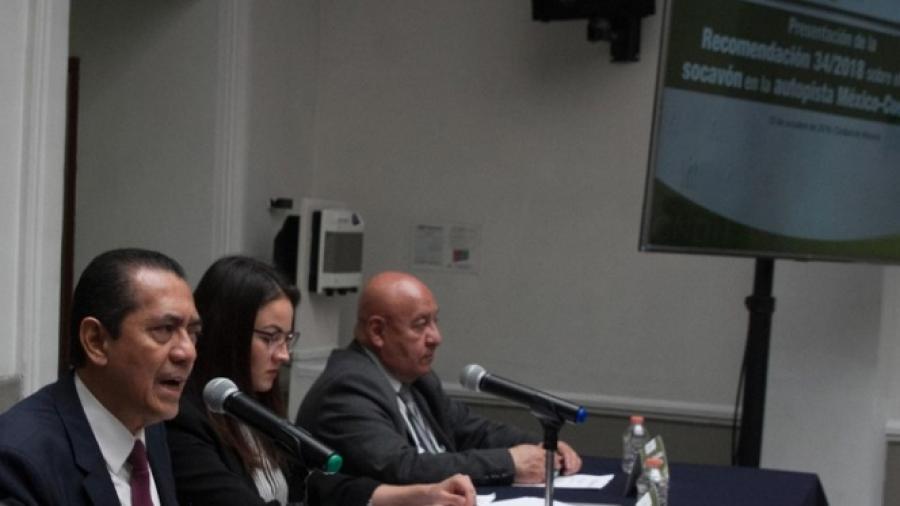 SCT, responsable de socavón en Paso Exprés: CNDH