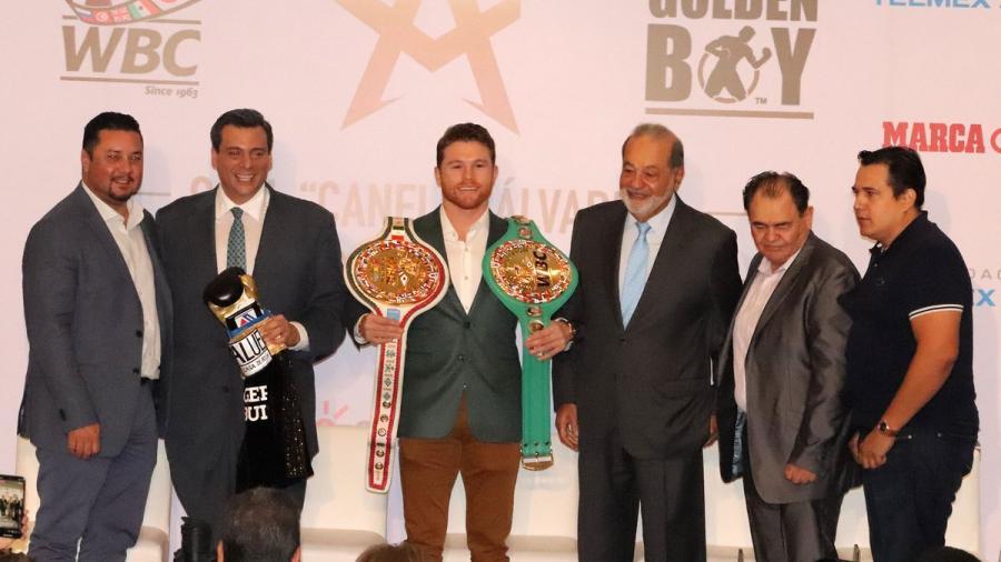 Recibe 'Canelo' Álvarez el cinturón verde y oro del CMB