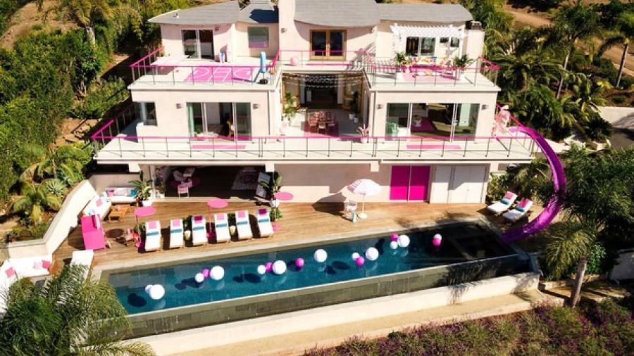 La mansión de Barbie si existe ¡Y la puedes rentar!