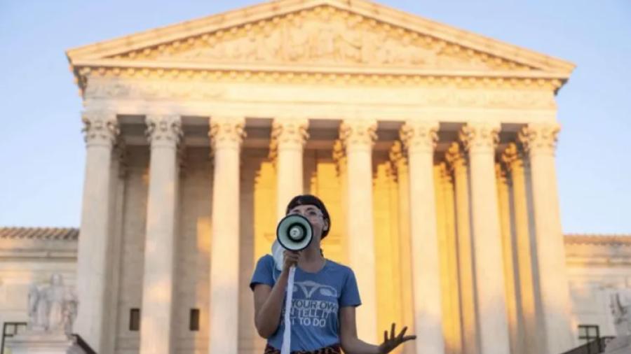 Rechaza Corte Suprema de EU bloquear Ley antiaborto en Texas