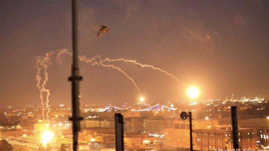 Embajada de EU en Bagdad es impactada por cohete