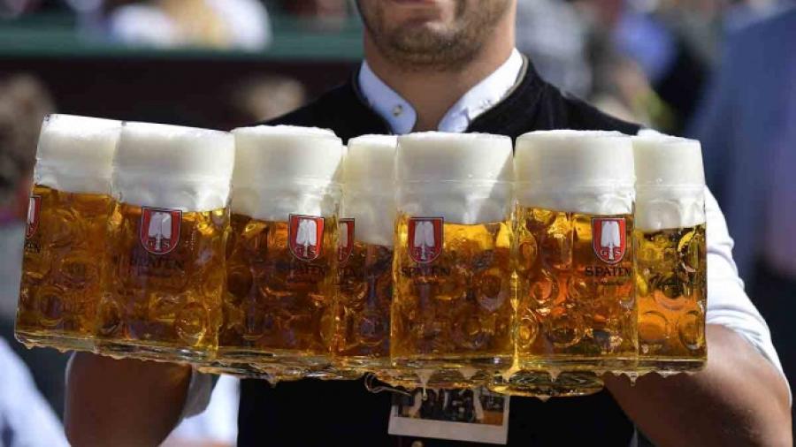 Cerveceras en Europa ofrecen promociones tras pandemia