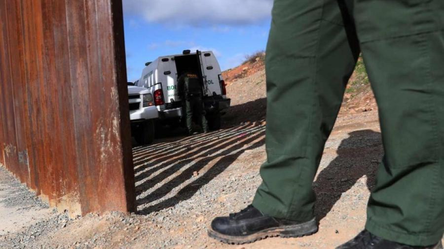 Migrante mexicano muere en custodia de Patrulla Fronteriza