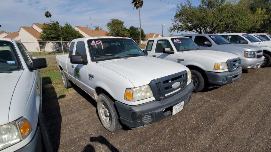 Condado de Hidalgo subastará excedente de vehículos y equipos