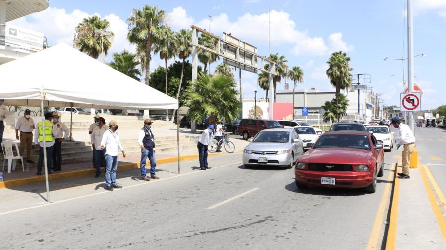 Refuerza Gobierno del Estado operativos sanitario para evitar viajes no esenciales de Texas a Tamaulipas