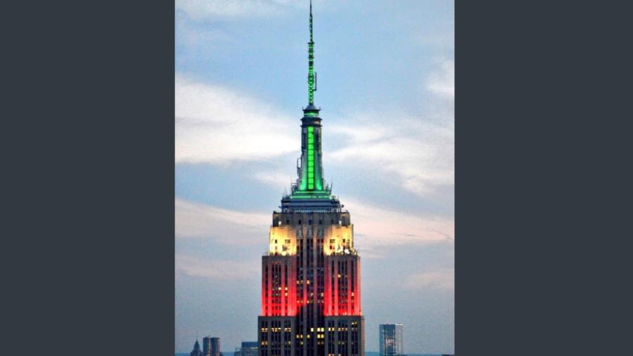 Empire State Building en NY se ilumina con los colores mexicanos