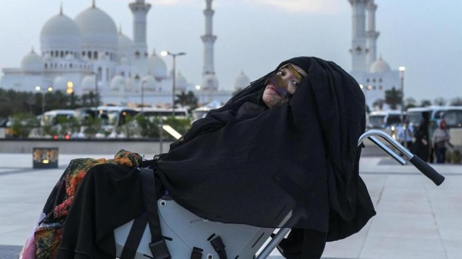 Despierta mujer en Emiratos Árabes después de 27 años en coma