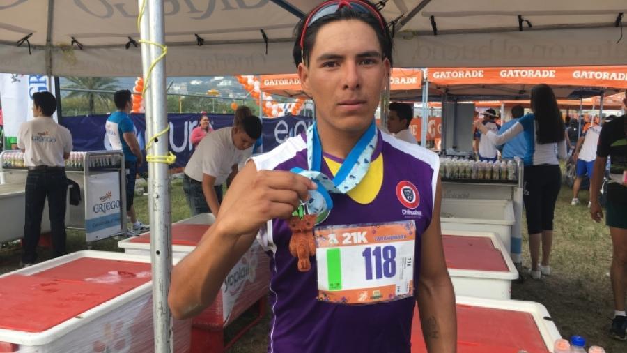 Atleta tarahumara corre hacia Juegos Olímpicos de Tokio