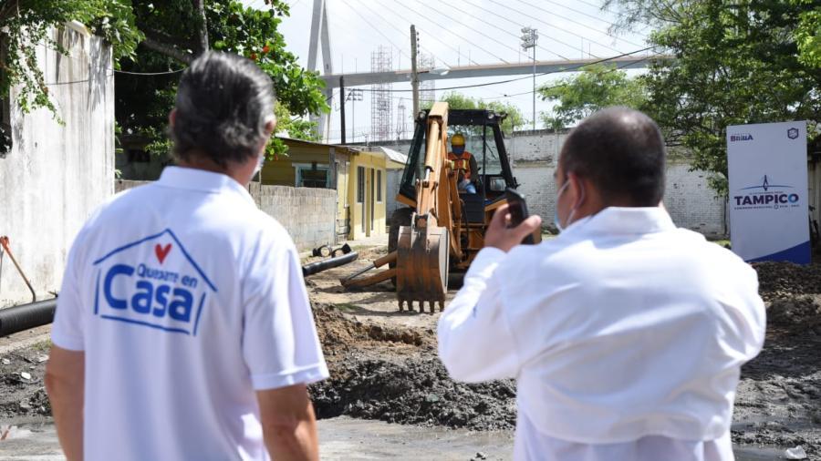 Pone en marcha Chucho Nader obras de pavimentación
