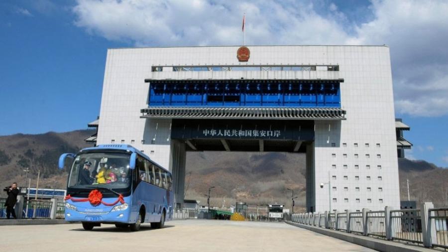 Inauguran puente fronterizo entre China y Corea del Norte