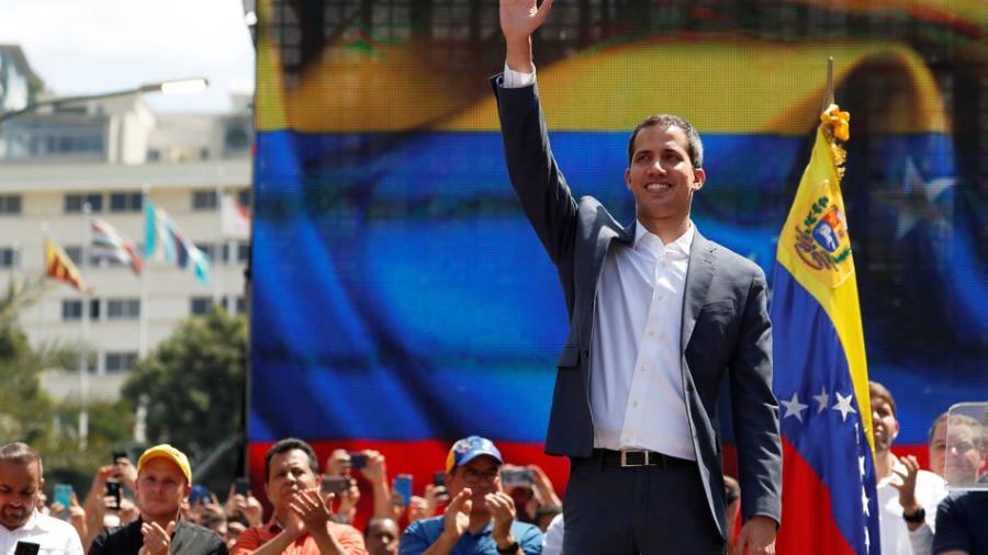 Reconoce Ecuador a embajador designado por Guaidó