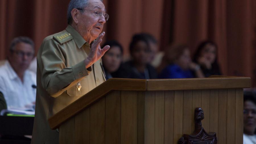 Raul Castro recibe a presidente de la Cámara de Comercio de EU