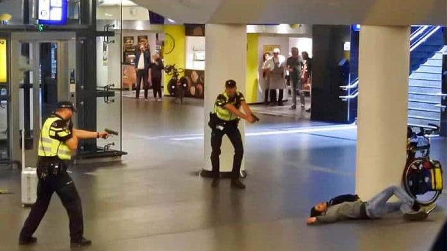 Dan 26 años de prisión a hombre que acuchilló turistas en Ámsterdam