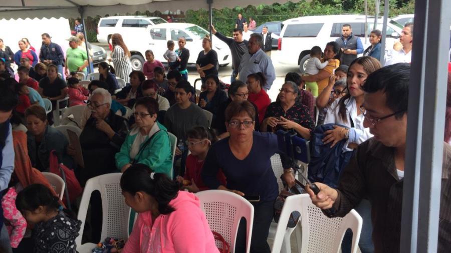 Familias son beneficiados con operación de cataratas y estrabismo