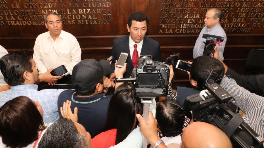 Solicitará Alcalde Mario López a federación, administración de puentes internacionales