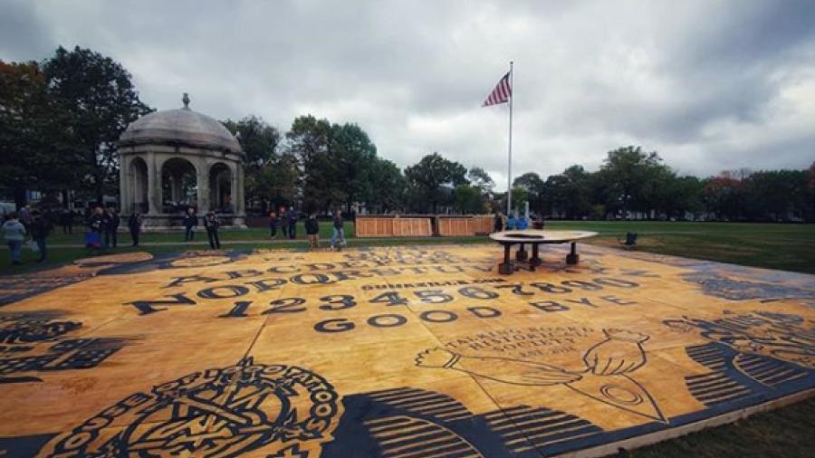 Llega 'Ouijazilla', la más grande del mundo