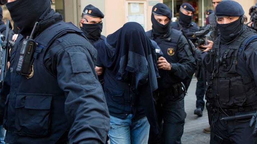 Operación contra el terrorismo deja 3 detenidos en Cataluña