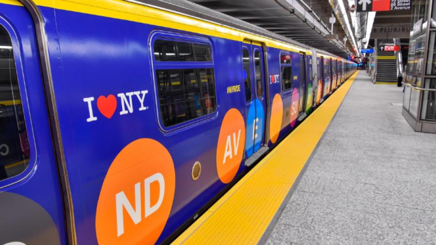 Inauguran nueva línea del metro de Nueva York