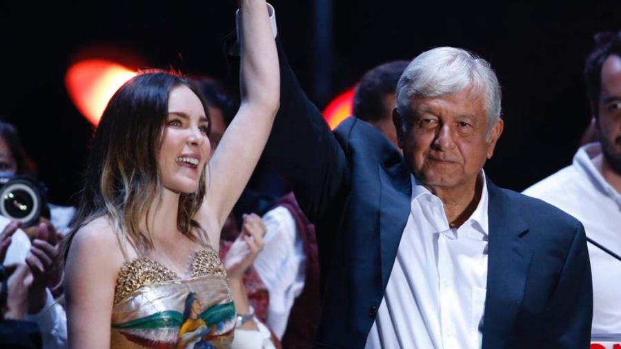Sin resultados oficiales, diferentes personalidades ya felicitan a López Obrador