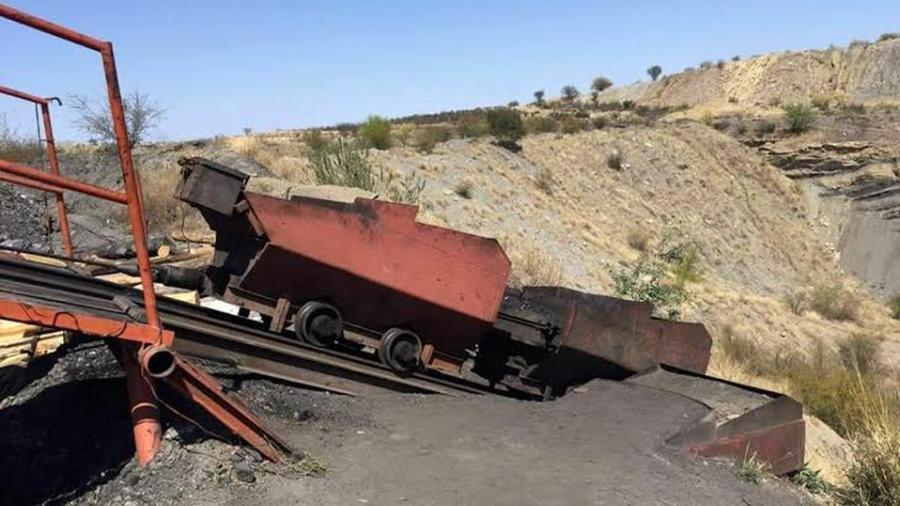 Colapsa mina en Coahuila; se reportan 7 mineros atrapados
