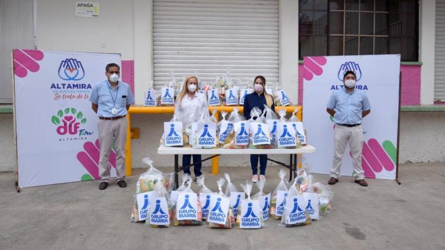 Grupo Ibarra entrega donativo de despensas a Gobierno de Altamira