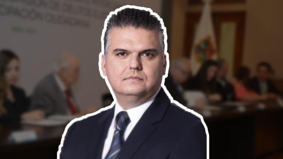 Víctor Sáenz  renuncia a jefatura de la Oficina del Gobernador
