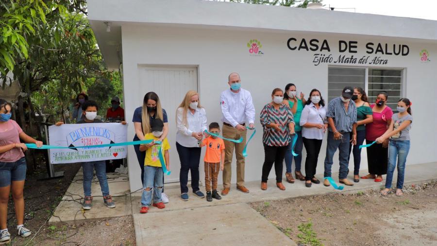 Inaugura Alma Laura Amparán casas de salud en comunidades rurales