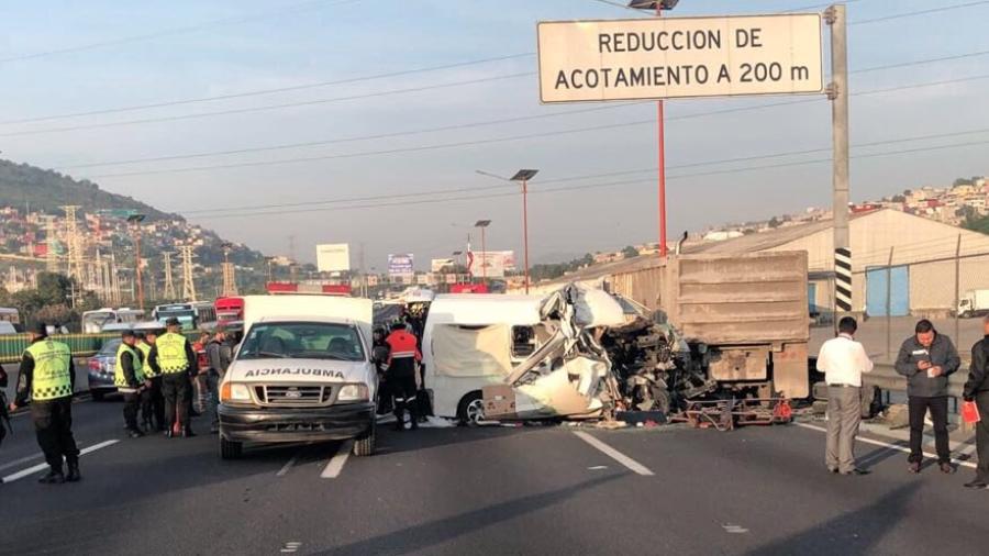 Aumenta a 13 muertos, saldo de accidente en autopista México-Pachuca