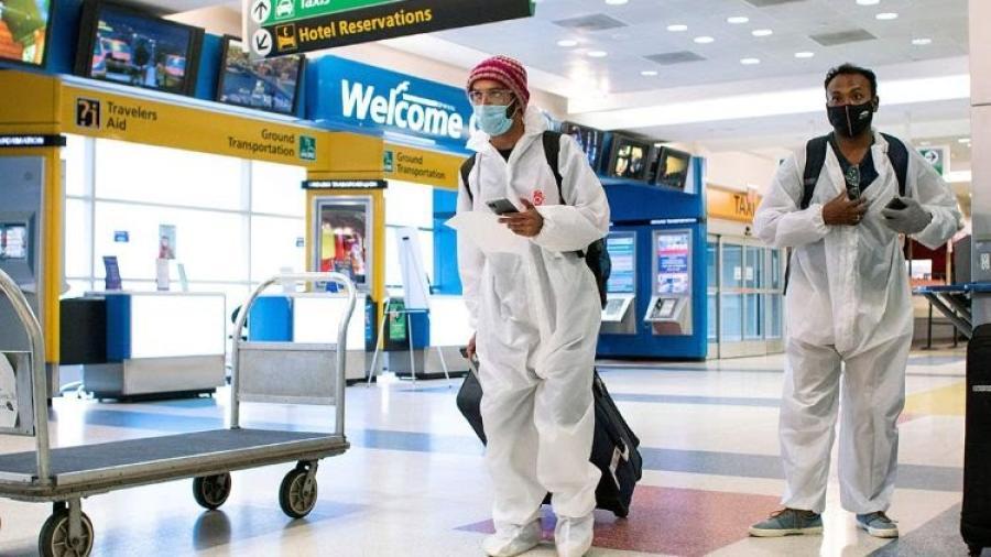 Variante Delta es motivo de mantener restricciones de viajes internacionales
