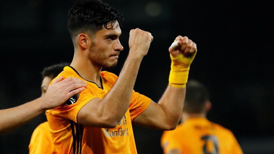 Raúl Jiménez brilla en la victoria del Wolverhampton