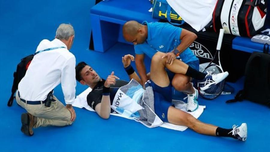 ¡Ni las molestias físicas detienen a Djokovic!