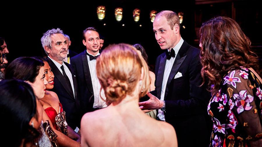 """El Príncipe William felicita a Cuarón y todo el elenco de """"Roma"""""""