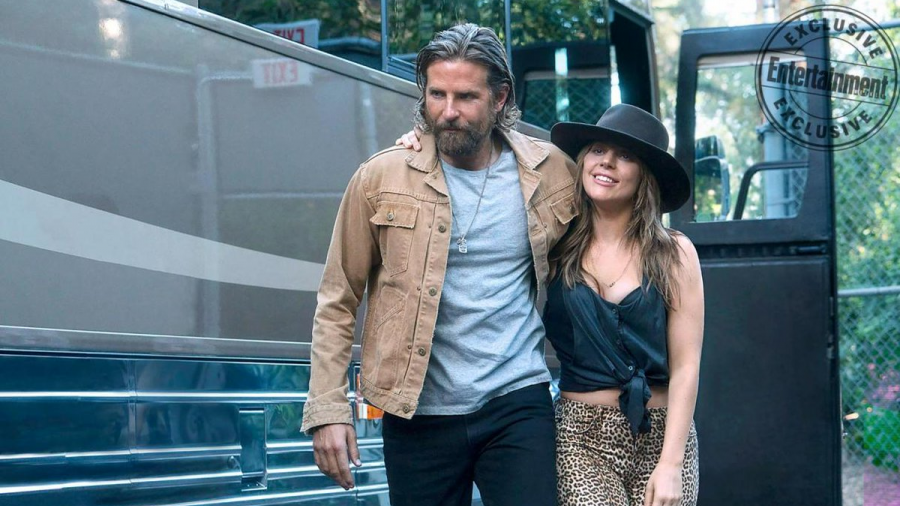Las nuevas fotos de Lady Gaga y Cooper en 'Ha nacido una estrella'